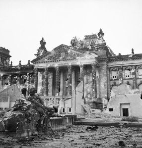 10_2Germania_incendio_Reichstag